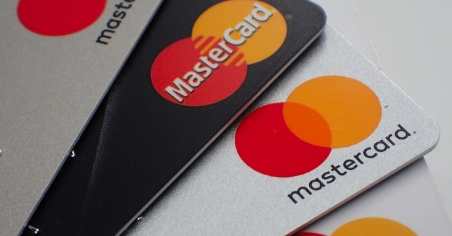 Mastercard Gold: confira todos os benefícios