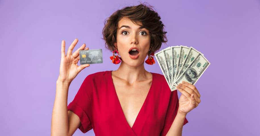 Saiba tudo sobre sacar dinheiro no cartão de crédito